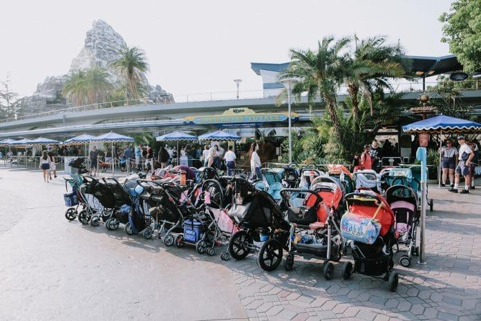 Emmener son bébé dans un parc d'attraction : les bonnes pratiques